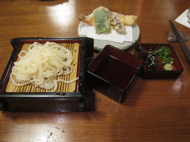 chilled inaniwa noodles, with prawn and vegetable tempura